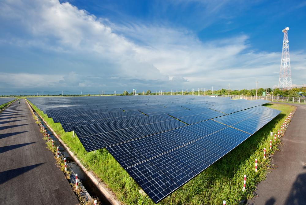 Mit érdemes tudni a naperőmű építésről?